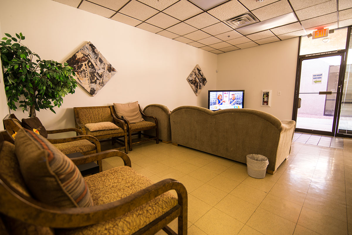 Vegas-adult-day-care-tv-room
